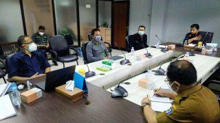 Ketua Komisi B DPRD Kota Bandung, Hasan Faozi menghadiri Rapat Koordinasi Perumda Pasar Kota Bandung, di Balai Kota Bandung, Jalan Wastukancana, Kota Bandung, Senin (21/6/2021).