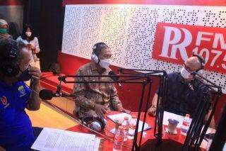 Wakil Ketua III DPRD Kota Bandung, H. Edwin Senjaya, MM., menghadiri acara Special Talk Show PRFM, membahas Refleksi Kepemimpinan Oded M. Danial dan Yana Mulyana, di Hari Jadi ke-211 Kota Bandung, Jumat (24/9/2021).