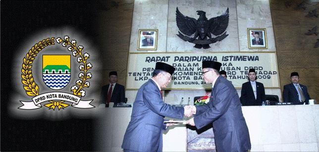 DPRD Kota Bandung Sahkan Empat Raperda