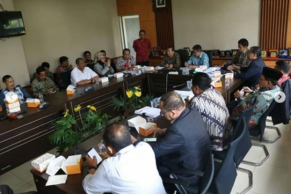 Komisi A Menerima Tamu Kunjungan Kerja Dari DPRD Kab. Tangerang Terkait Penyusunan Program Pembentukan Perda TA 2019