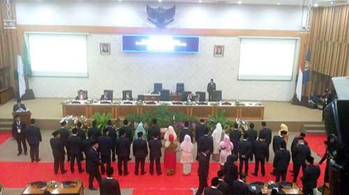 Resmi Dilantik 50 Anggota DPRD Kota Bandung 2019-2024