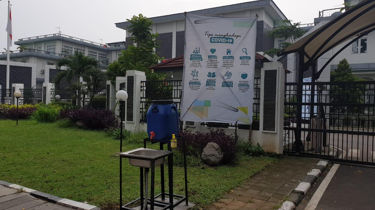 Cegah Penyebaran Covid-19, DPRD Kota Bandung Dilengkapi Tempat Cuci Tangan Publik