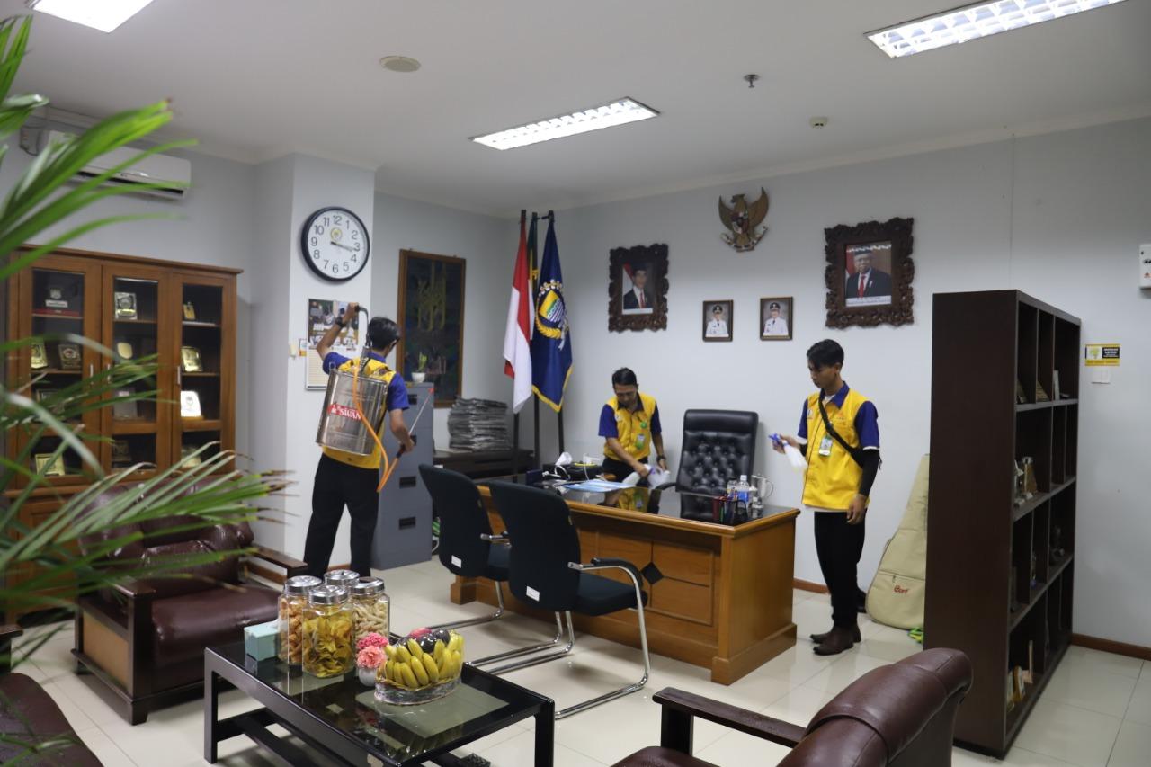 Tangkal Corona, Gedung DPRD Disemprot Disinfektan dan Disiapkan Hand Sanitizer