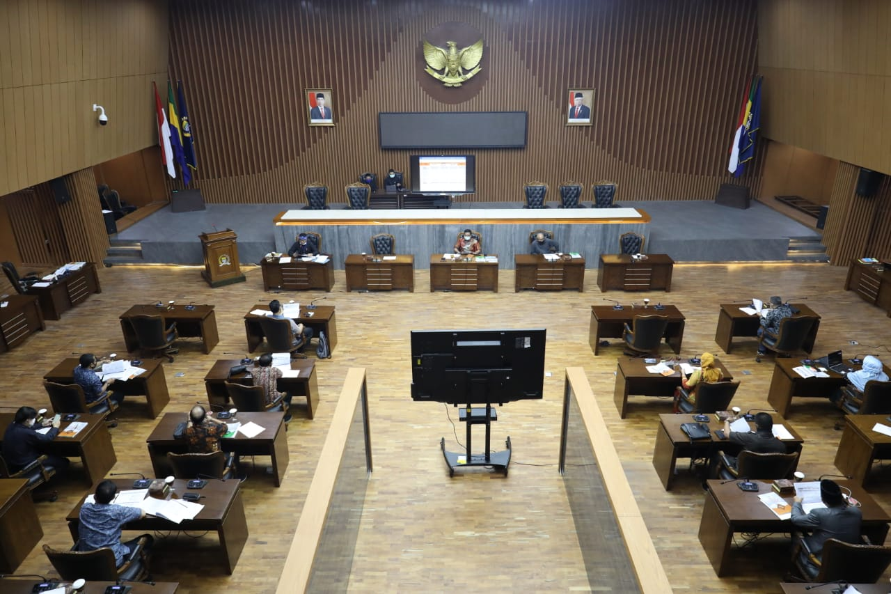 DPRD Usulkan Anggaran Perjalanan Dinas ke LN Digeser untuk Tangani Covid-19